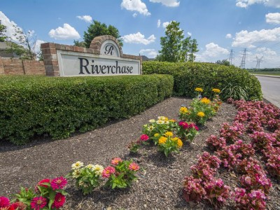 Riverchase Entry