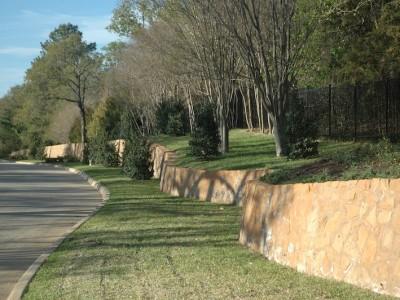 Winding Retaining Wall
