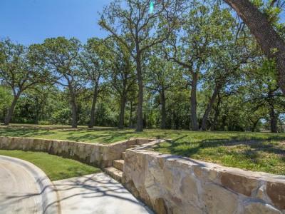 Highland Oaks Wall