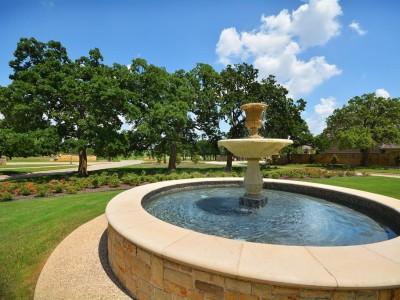Shady Oaks Fountain