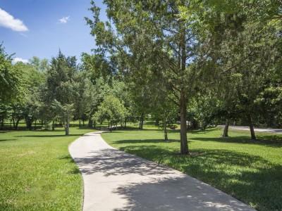 Terra Bella Walkway